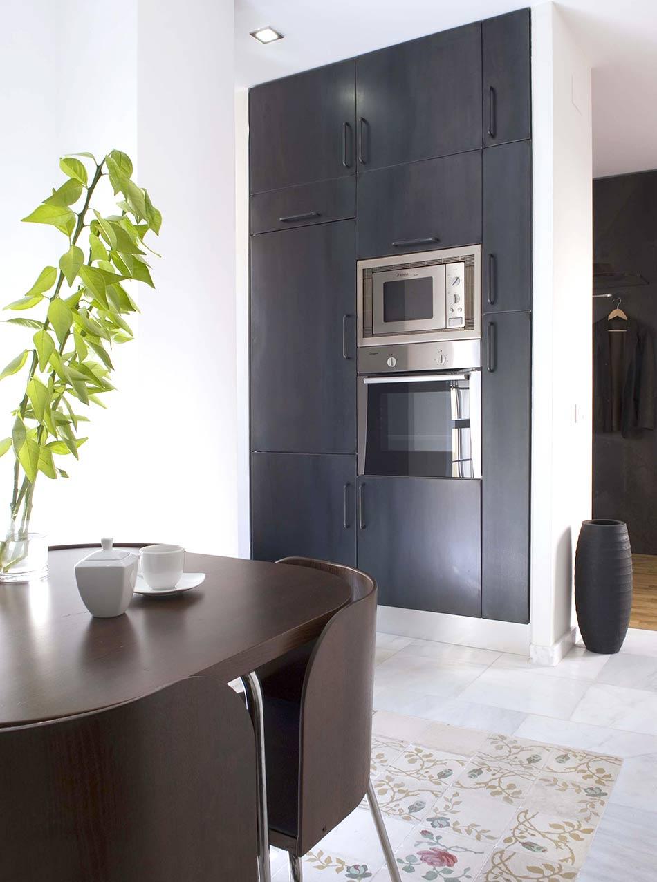 Küche schwarzes Eisen Hochschrank